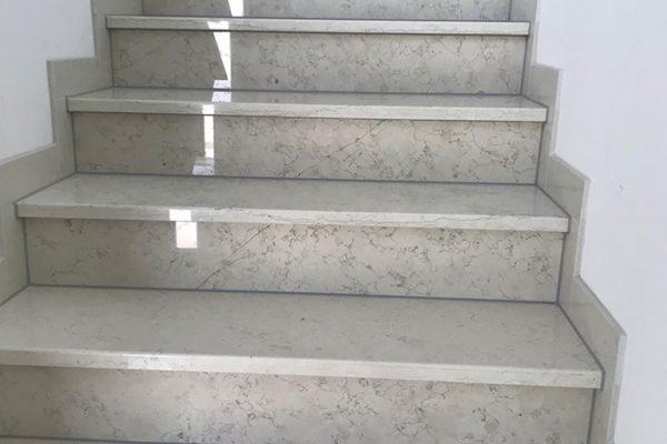 referenzen-stiege-marmor-1