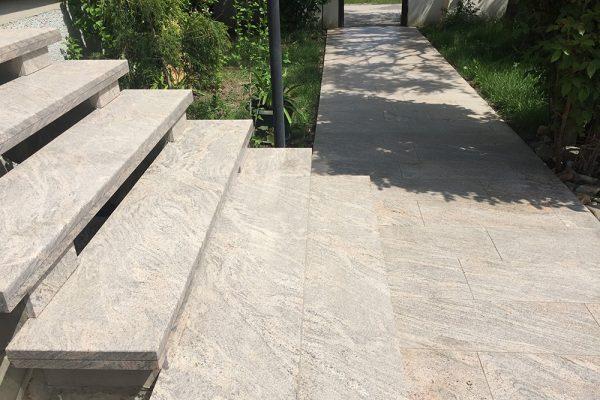 referenzen-stiegenaufgang-granit-colombo-2
